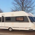 Wohnwagen miten in Braunschweig Hobby 495 UL