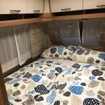 Wohnwagen Camper 730 FKR mieten: Schlafbereich